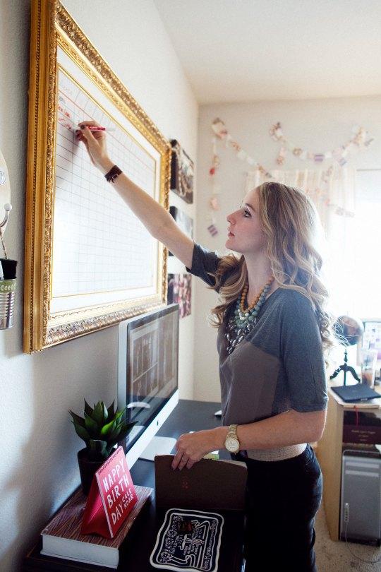 decoracao quadro branco:Moldura chique para um quadro funcional – Blog de decoração – Casa